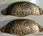 """2 shell shape pulls handles solid brass vintage style 4""""drawer heavy victorian"""