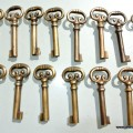 15 KEYS old stye vintage french antique look solid heavy brass aged key 70mm