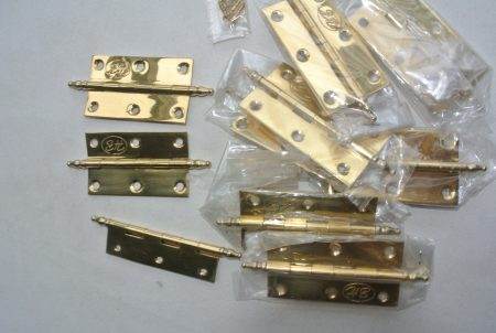 """10 small hinges vintage style solid Brass DOOR BOX 2.1/2"""" polished finials flush & screws"""