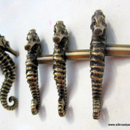 4 small SEAHORSE solid brass KNOBS door old style house PULL handle
