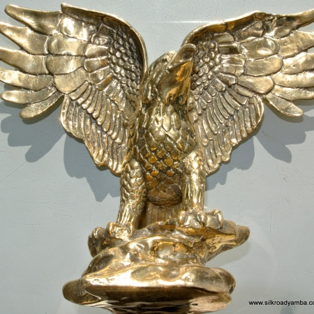 VINTAGE style BRASS FLYING EAGLE BIRD FIGURINE cast brass metalware patina