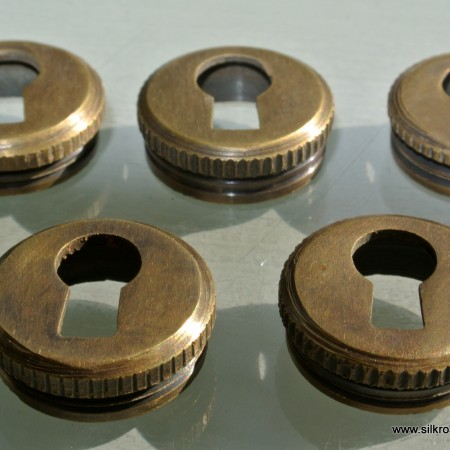 5 KEY hole covers aged old stye vintage antique look solid heavy brass aged escutcheon 19mm