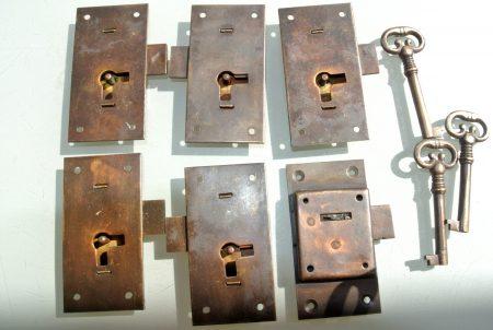 "6 flush locks Vintage stye antique look solid heavy brass aged 2 key lock works 2.1/2"""