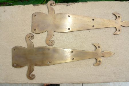 "2 medium 12"" inch false ""FLEUR de lis"" hinges PLATES solid Brass DOORS BOX 30 cm long Bronze oxidised natural patina"